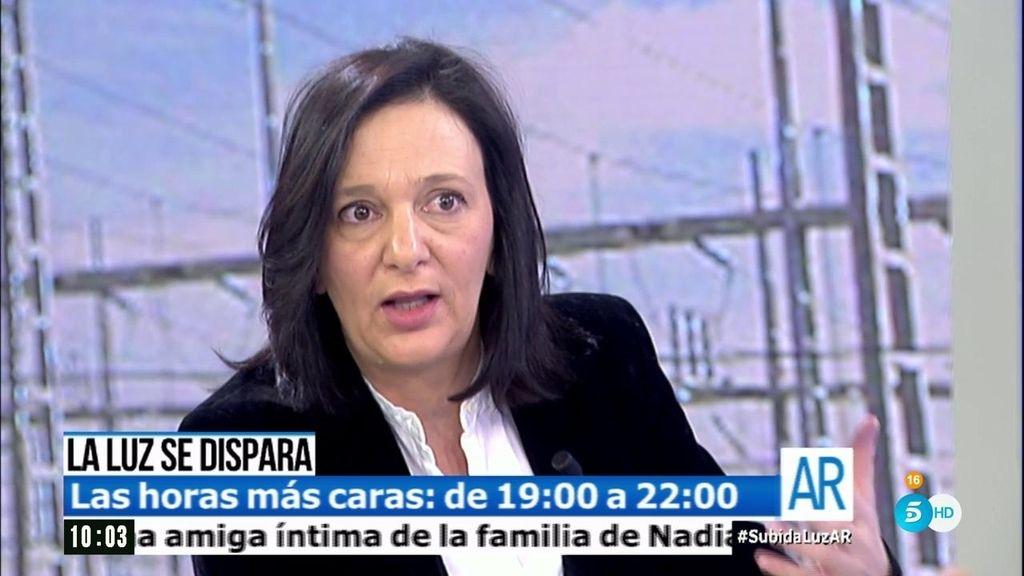 """Carolina Bescansa: """"Hay un acuerdo que beneficia a las grandes hidroeléctricas"""""""