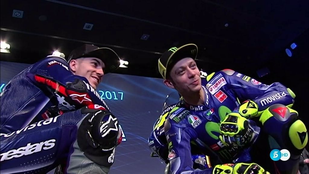 Rossi y Viñales se presentan con Yamaha y ya se mandan sus primeros mensajes