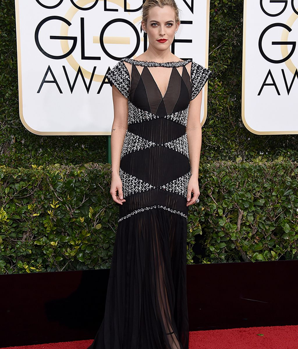 Riley Keough vestida de Chanel
