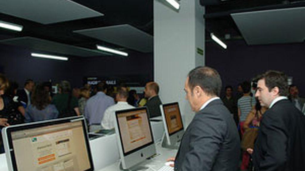 El centro inaugurado en Vicálvaro cuenta con las últimas tecnologías puestas al servicio de los ciudadanos.