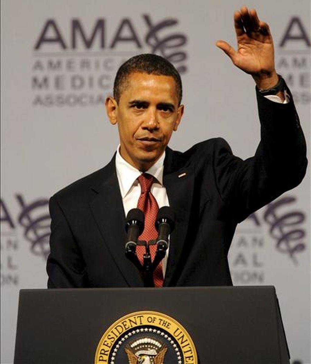El presidente de Estados Unidos, Barack Obama, ofrece un discurso durante ante la Asociación de Médicos de EE.UU, en Chicago. EFE