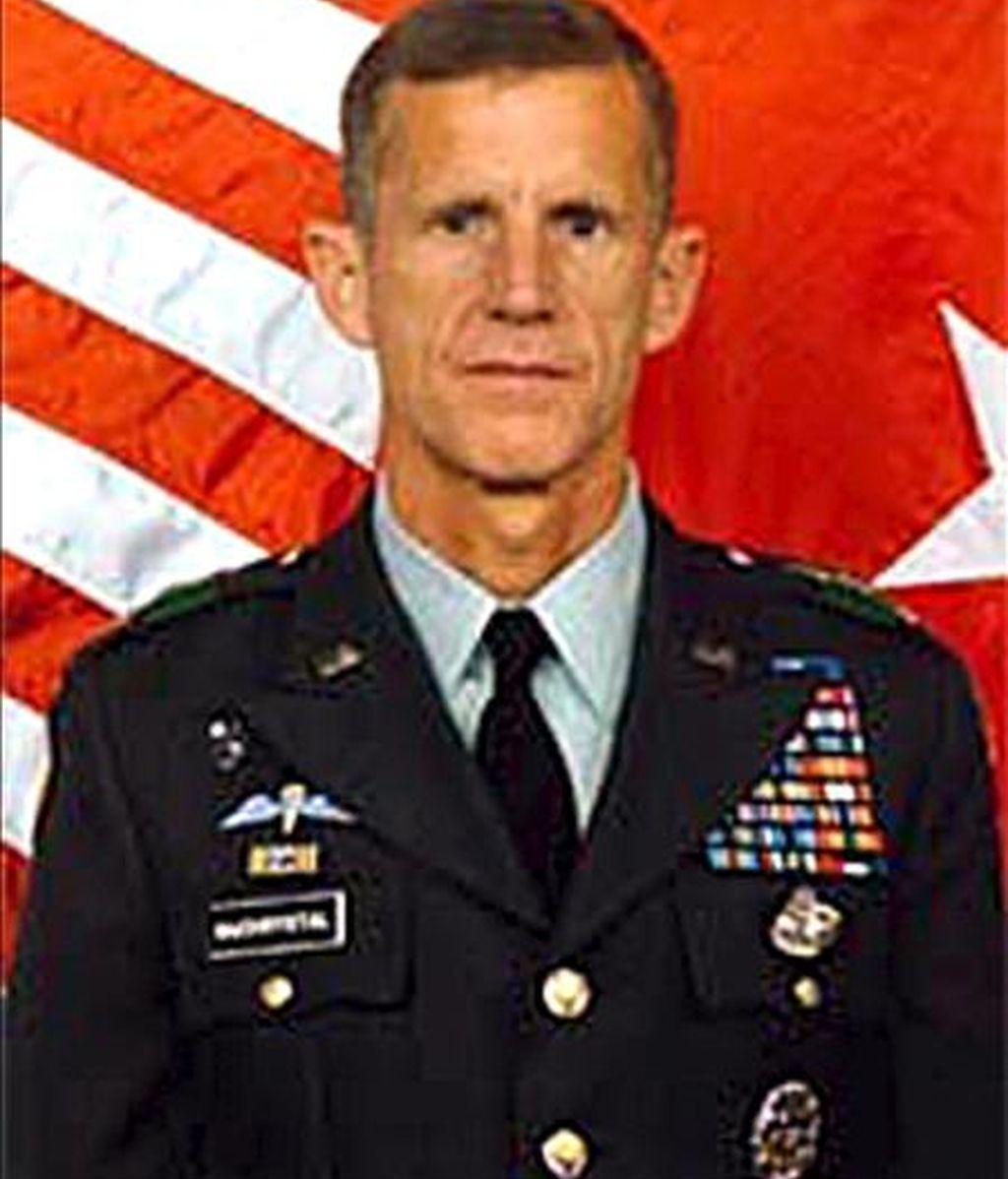 El nuevo comandante de las fuerzas estadounidenses en Afganistán, teniente general Stanley McChrystal. EFE/Archivo