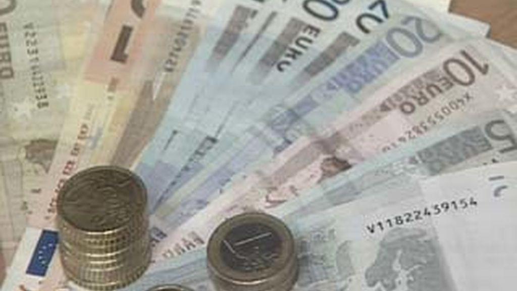 El BCE ha proporcionado en el último mes a las entidades financieras residentes en España fondos por un valor de 72.831 millones de euros, el 1,7% menos que en febrero