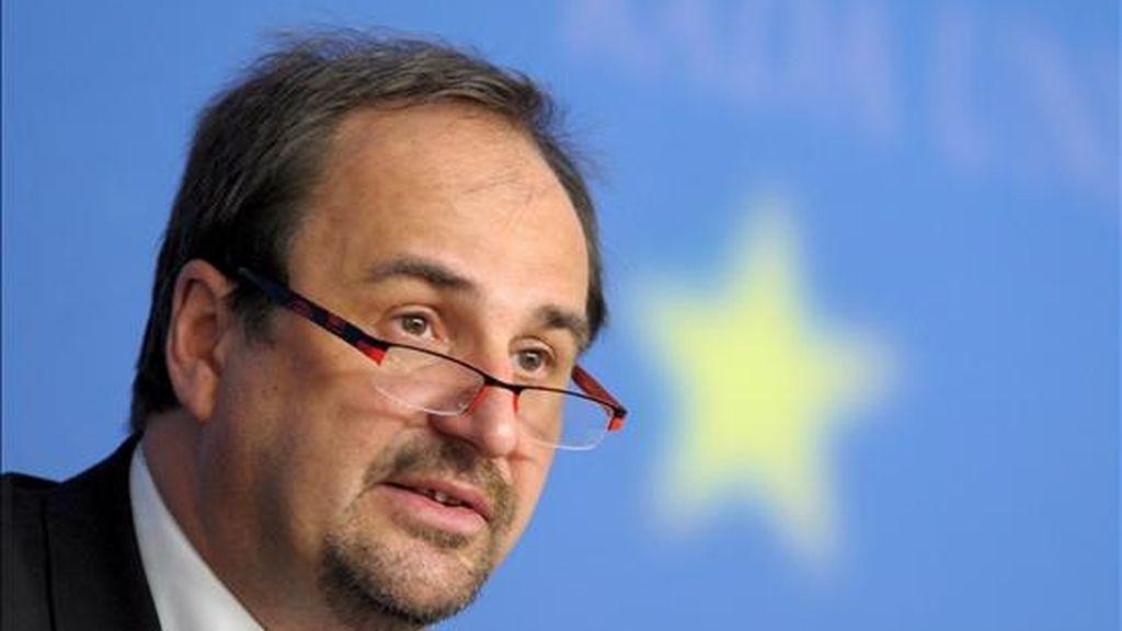 El ministro de Asuntos Exteriores checo y presidente de turno del Consejo, Jan Kohout, hoy en Luxemburgo. EFE