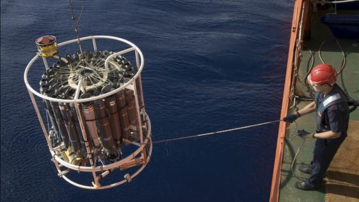 Fotografía facilitada por el CSIC de la expedición Malaspina, que acaba de arrancar con la salida al mar desde Cartagena, el domingo, del buque Hespérides. EFE