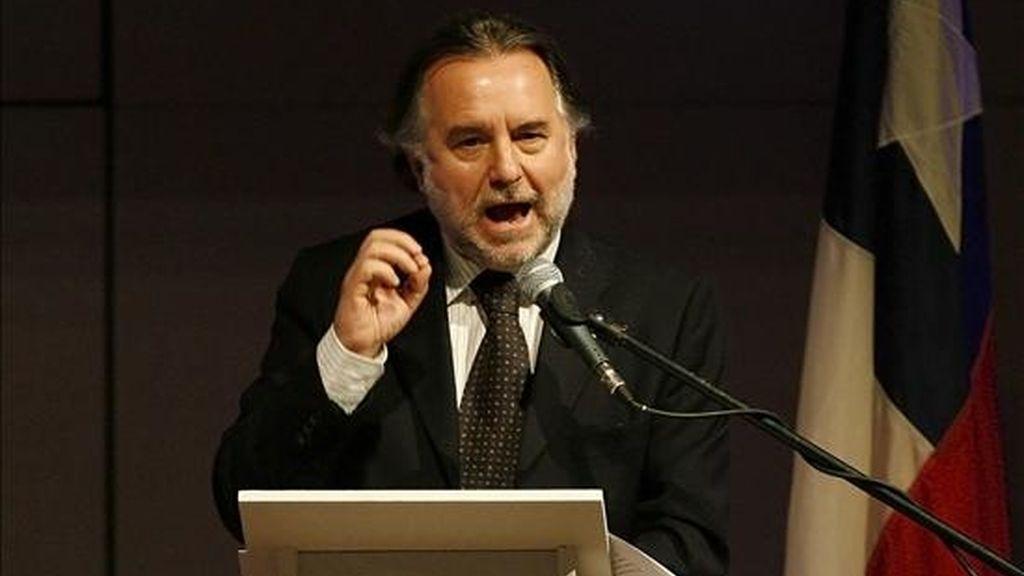 El anuncio del ministro de Relaciones Exteriores de Chile, Mariano Fernández, llega cuatro días antes del vencimiento del plazo para que Chile entregue los argumentos preliminares para pedir la incompetencia del tribunal. EFE/Archivo