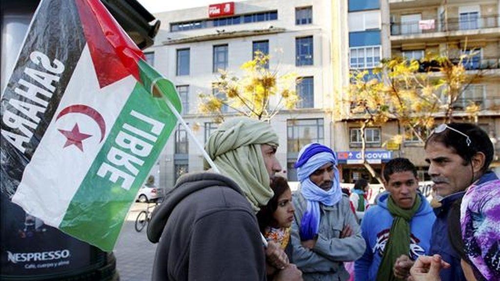Un grupo de activistas saharauis durante una concentración. EFE/Archivo