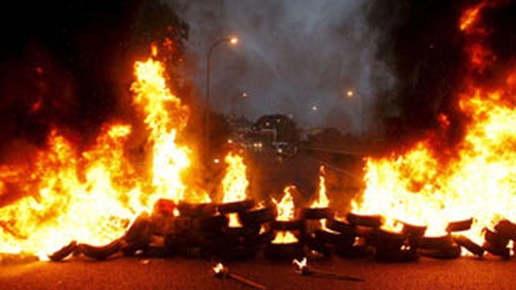 Los astilleros de Vigo han vuelto a salir a las calles. A ellos se han unido los del metal. Video: Informativos Telecinco.
