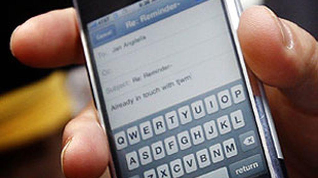 Los directivos navegan con más frecuencia a través del móvil que el resto de consumidores.
