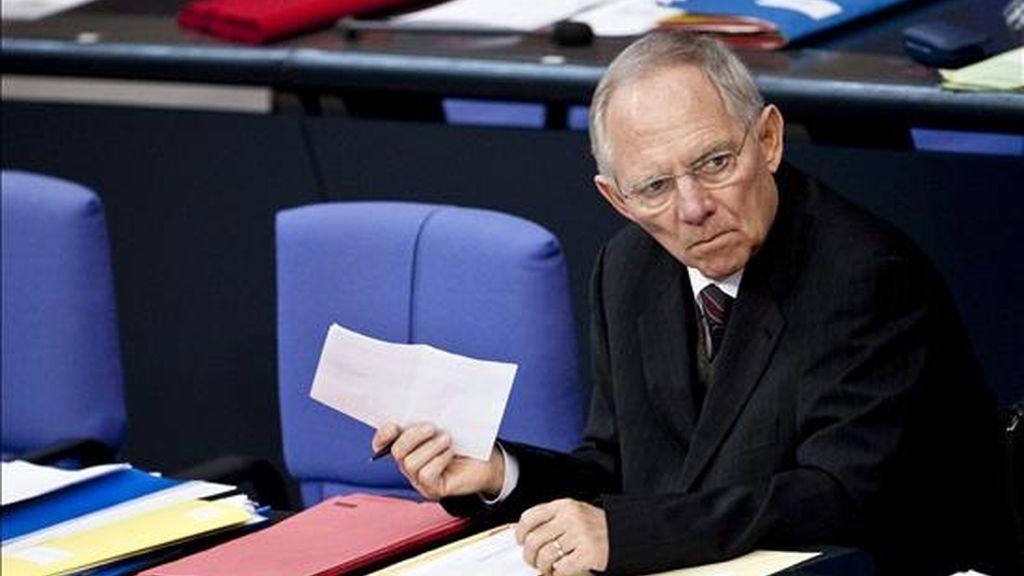 El ministro alemán de Finanzas, Wolfgang Schäuble, el pasado miércoles durante el debate final sobre los presupuestos del Estado para 2011 en el Bundestag, en Berlín, Alemania. EFE