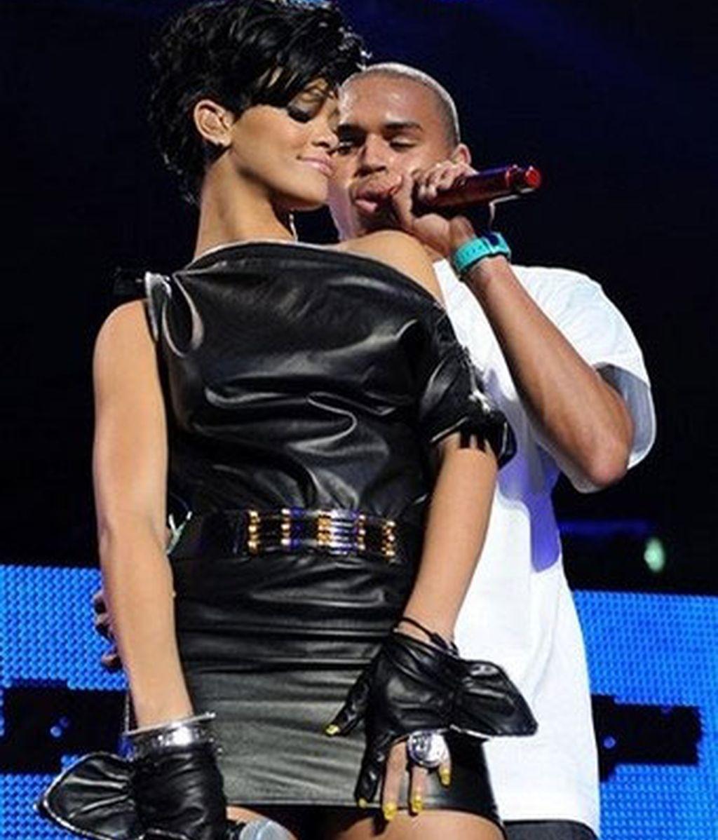 Rihanna y Chris Brown durante una actuación en el Madison Square Garden el pasado mes de diciembre. Foto: AP