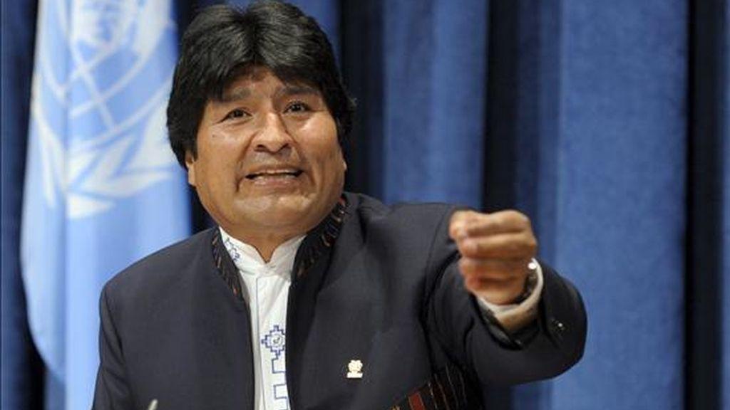 """El presidente de Bolivia, Evo Morales, declaró que la Constitución """"dice textualmente que se acepta una sola elección y una sola reelección"""", pero que la actual """"es la primera gestión"""" desde que está en vigor la nueva Carta Magna. EFE/Archivo"""