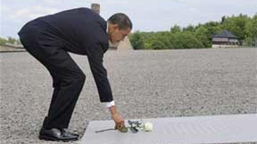Obama y Merkel han rendido homenaje a las víctimas del Holocausto. Vídeo:Informativos Telecinco