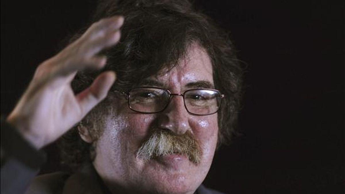 Imagen del músico argentino Charly García el pasado 26 de mayo de 2010, en Ciudad de México (México). EFE/Archivo