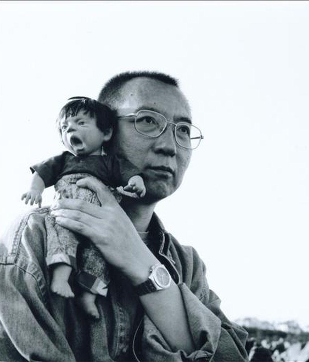 Fotografía de archivo de fecha desconocida que muestra al disidente chino Liu Xiaobo en Pekín, China. EFE/Archivo