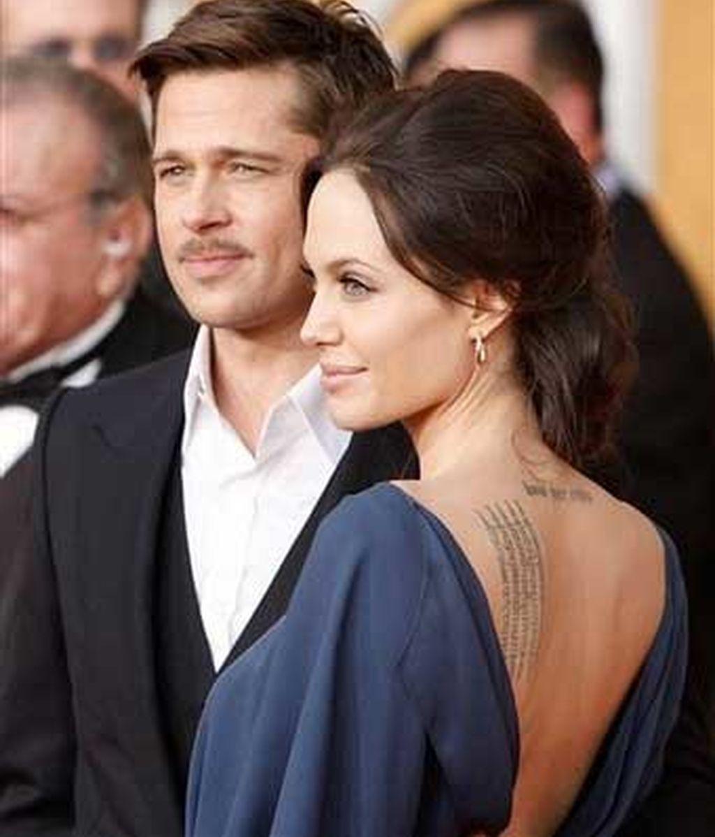 Brad Pitt y Angelina Jolie en una entrega de premios. Foto: AP