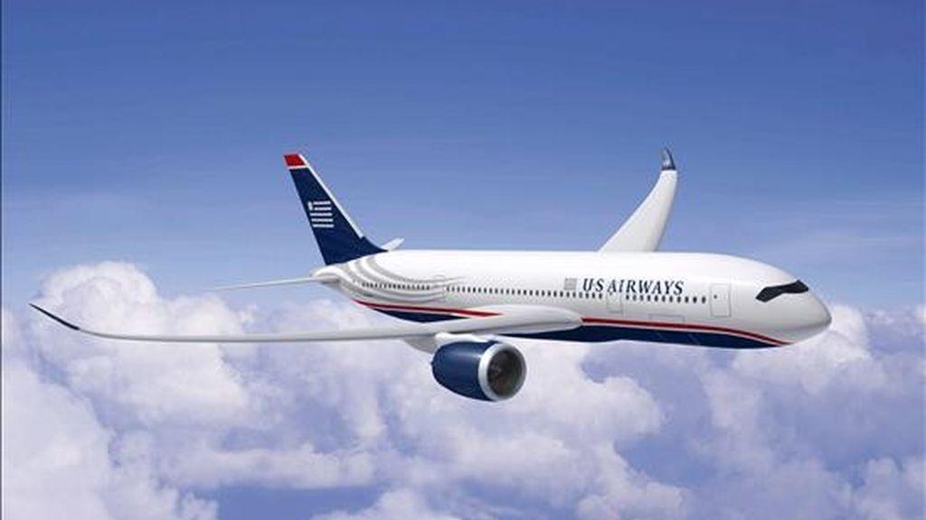 Pasada la media sesión en la Bolsa de Nueva York, las acciones de US Airways bajaban un 4 por ciento y se negociaban a 2,64 dólares cada una. En lo que va de año se han depreciado un 65 por ciento. EFE/Archivo