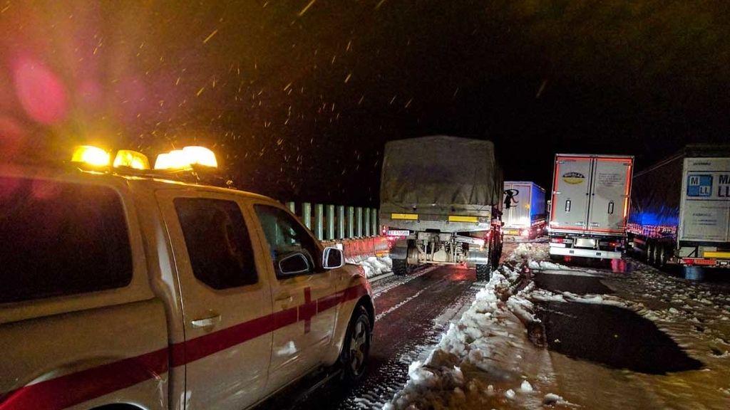 Cruz Roja, al auxilio de los atrapados en la nieve en Valencia
