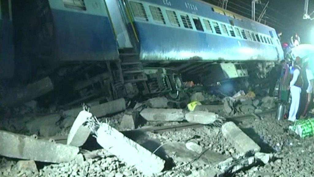Accidente ferroviario India