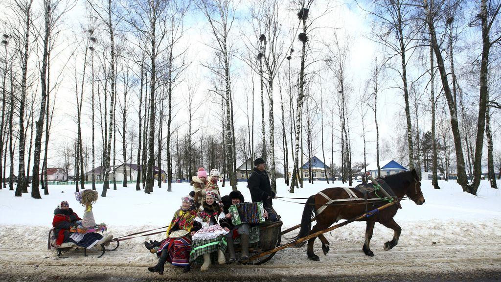 Las tradiciones culturales se mantienen en Belarus