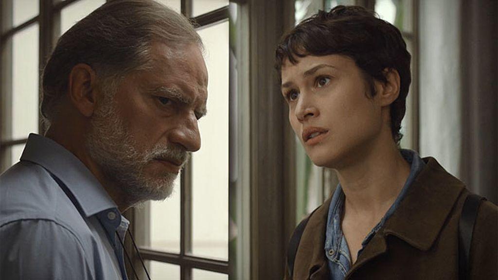 Eva Durán está convencido de que Elías intentó seducir a su sobrina Ana Saura