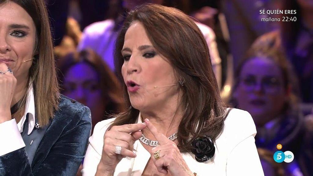 """La madre de Aída pide la expulsión inmediata de Elettra por """"machacar"""" a su hija"""