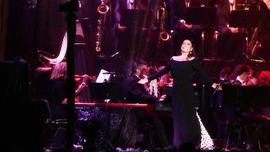 Los mensajes que lanzó Isabel Pantoja en su regreso a los escenarios