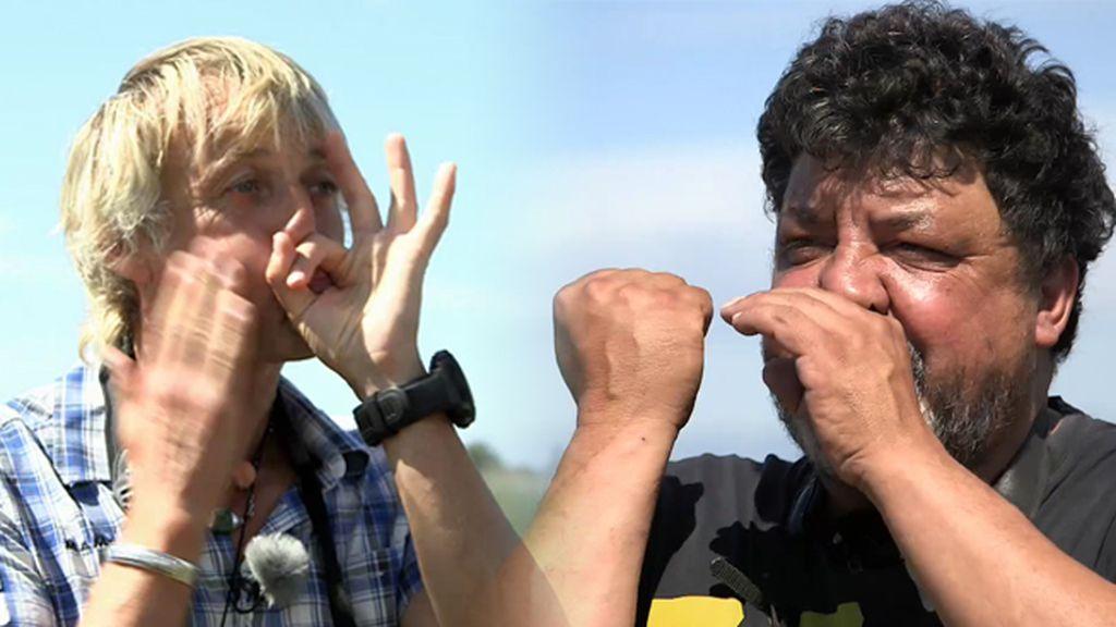 Jesús Calleja y un ornitólogo de Delta se comunican como dos pájaros