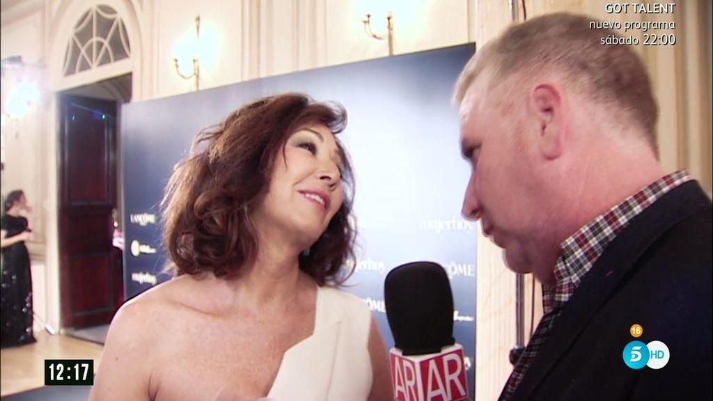 """Ana Rosa recibe el premio 'Mujerhoy': """"Es muy importante para mí"""""""