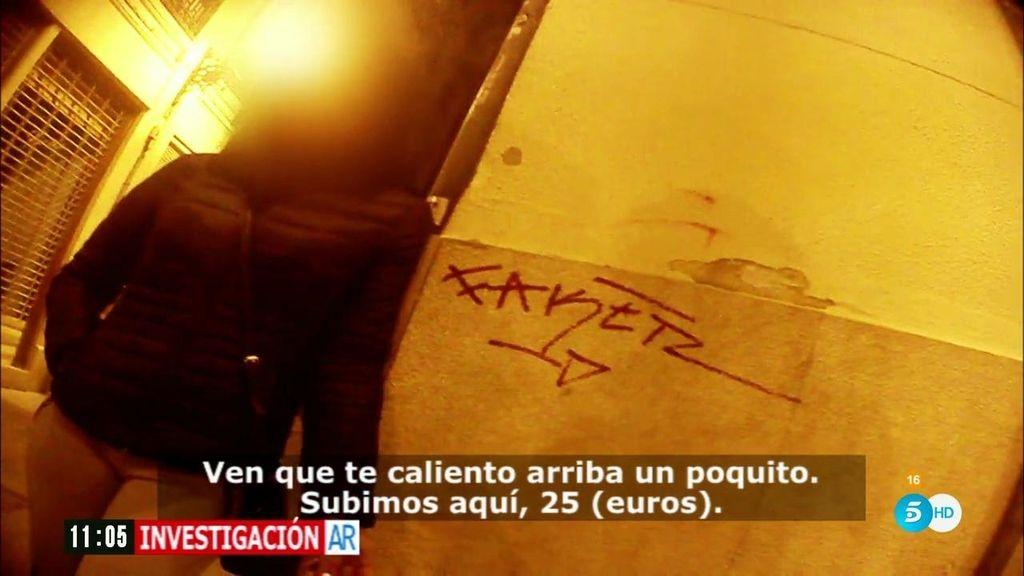 Un equipo de 'Investigación AR' graba una redada contra la prostitución en Valencia