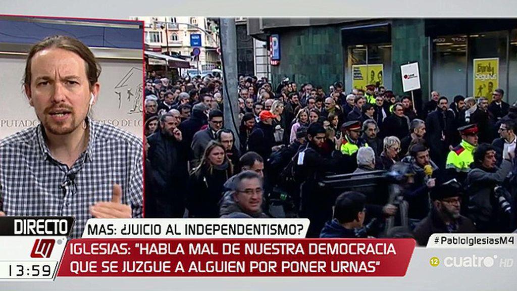"""Pablo Iglesias: """"No nos parece bien que se juzgue a nadie por poner urnas"""""""