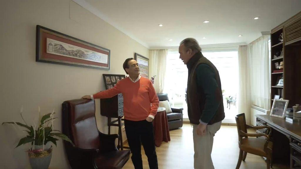 José Bono conserva en su casa el escaño en el que vivió el 23-F