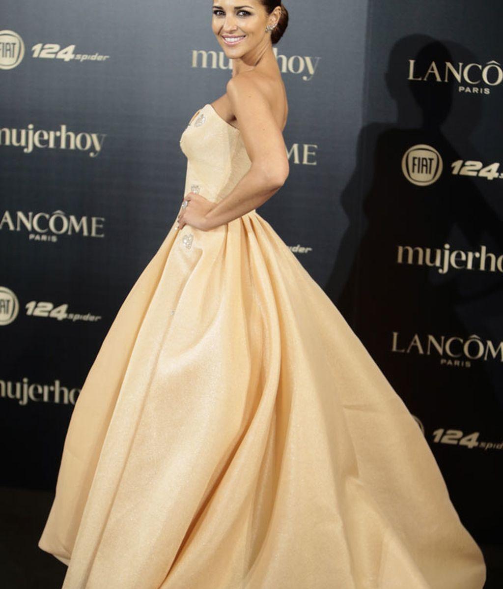 Paula Echevarría, una princesa de largo con un diseño de Isabel Sanchís