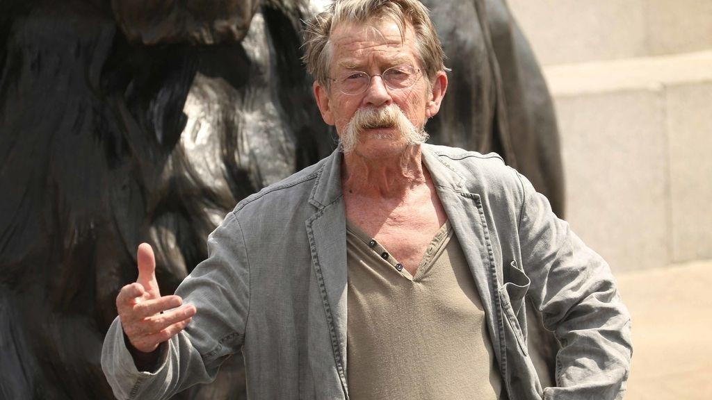 John Hurt, el todoterreno del cine con la elegancia de un lord inglés (28 de enero)