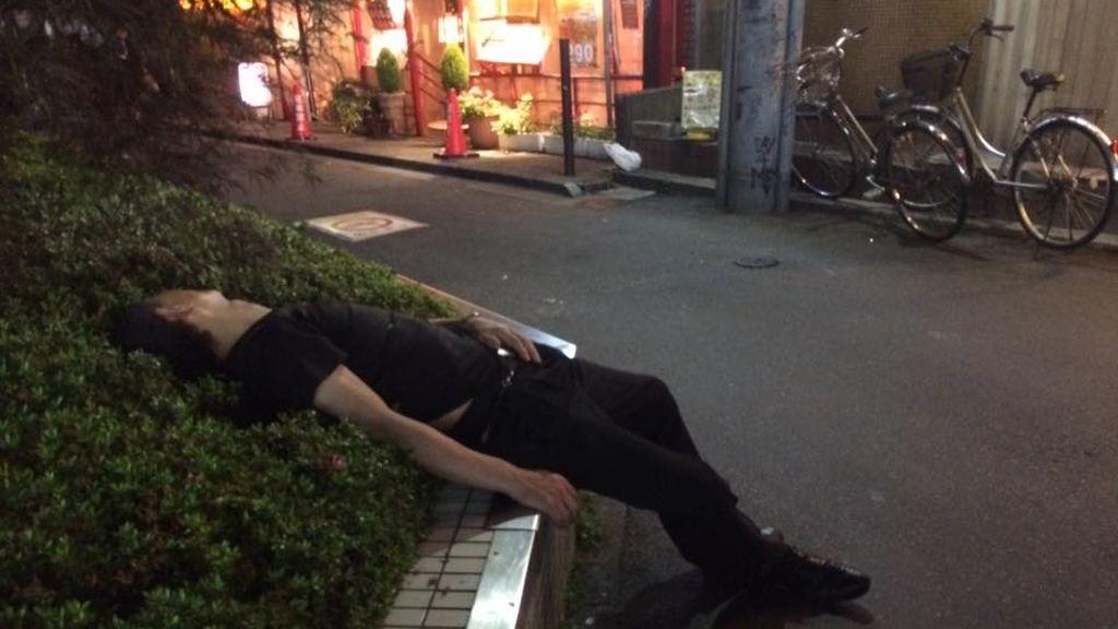 Japonés borracho 2