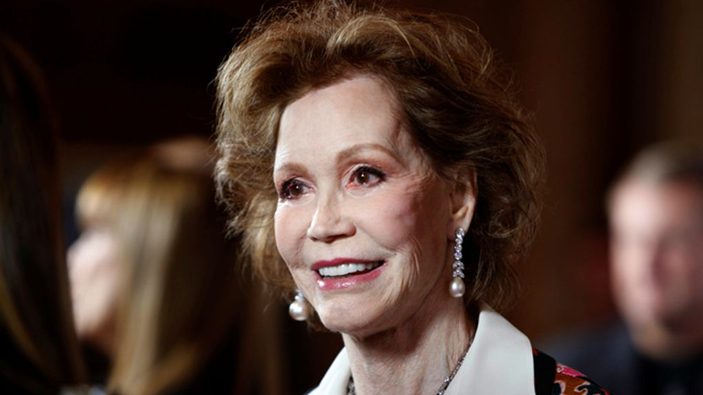 """Mary Tyler Moore, """"una visionaria sin miedo que cambió el mundo con su sonrisa"""" (25 de enero)"""
