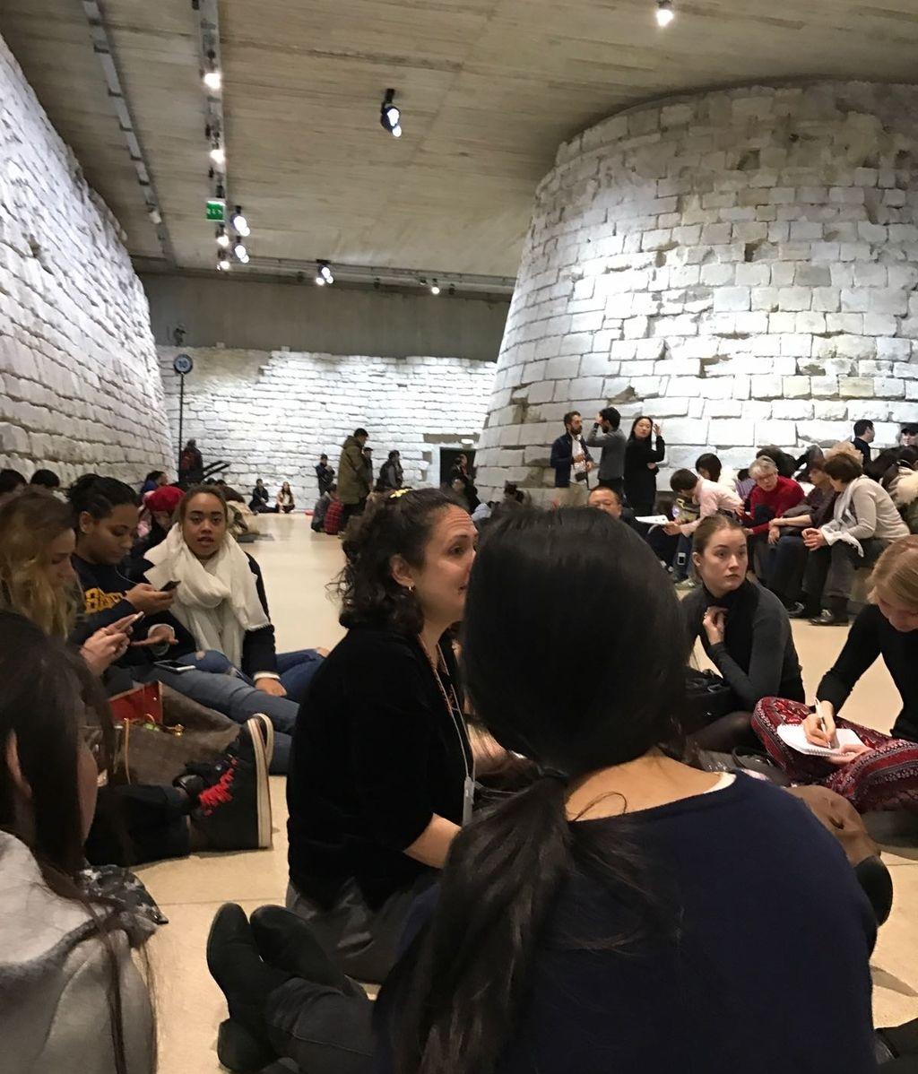 Ataque en el Museo del Louvre