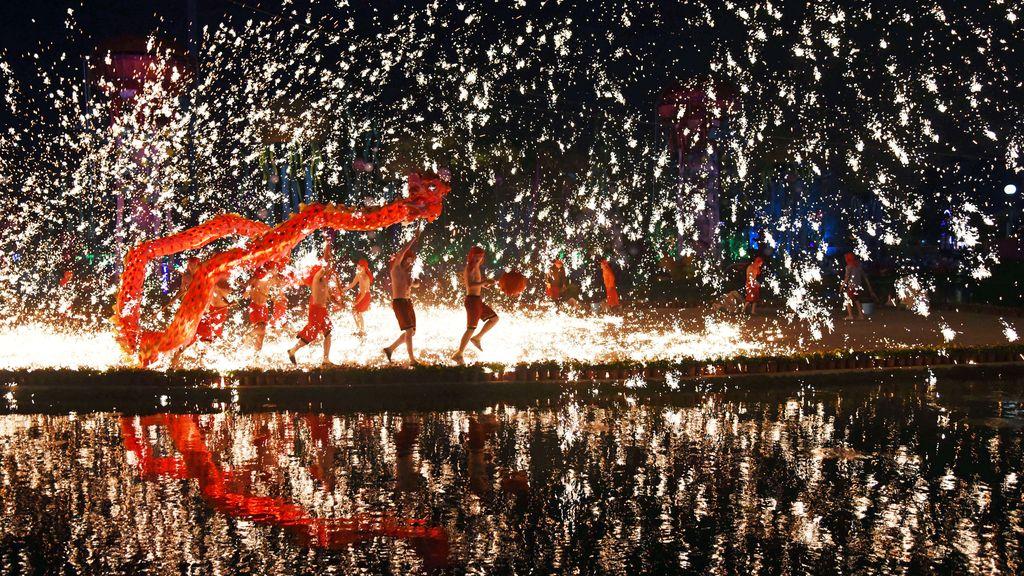 Más fuego por el Año Nuevo Chino lunar