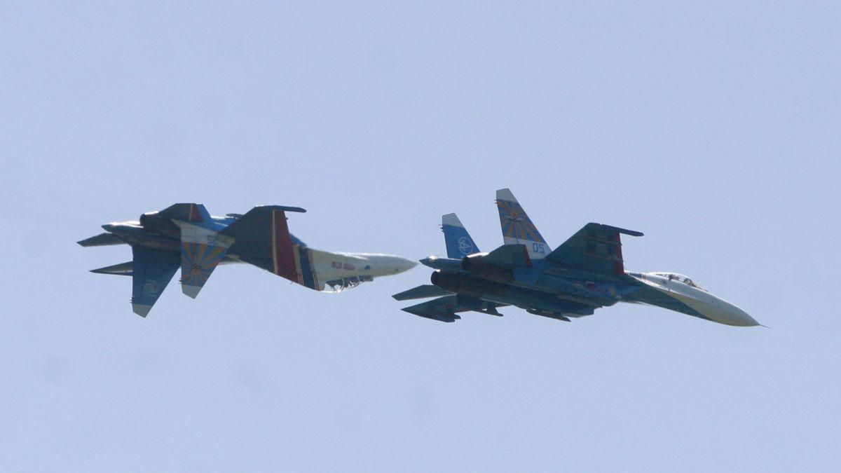 """Putin ordena a las fuerzas aéreas rusas prepararse para """"tiempos de guerra"""""""