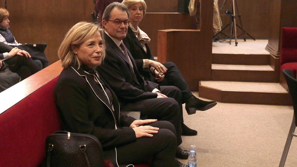 Artur Mas y las exconselleras Joana Ortega e Irene Rigau