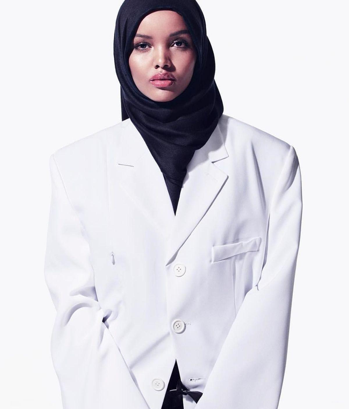 Halima Aden, la modelo refugiada que triunfa en la industria de la moda