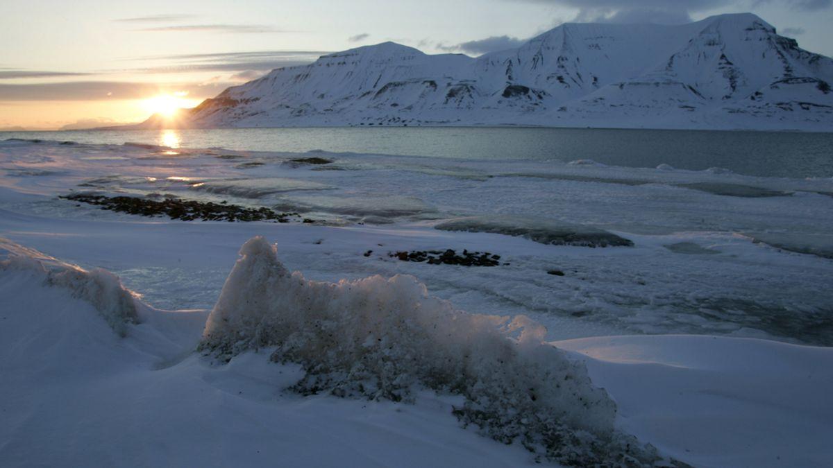 Unos científicos tienen el plan para 'recongelar' el Ártico