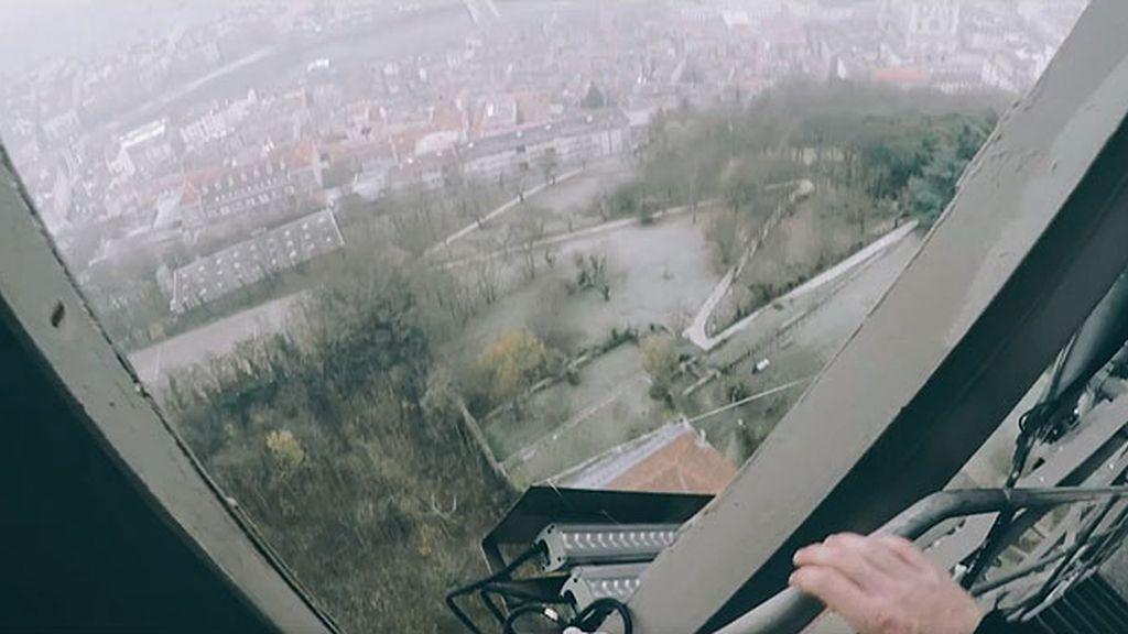 Fotógrafo extremo muere al caer desde un puente