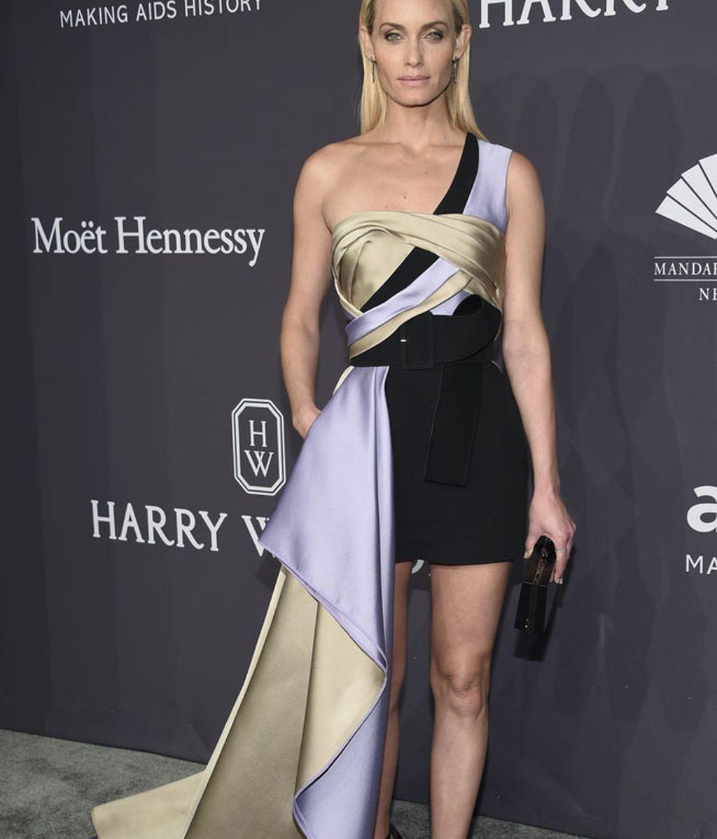 Amber Valletta, también de Atelier Versace
