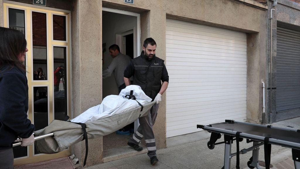 Sacan el cuerpo de una mujer víctima de la violencia machista en Súria
