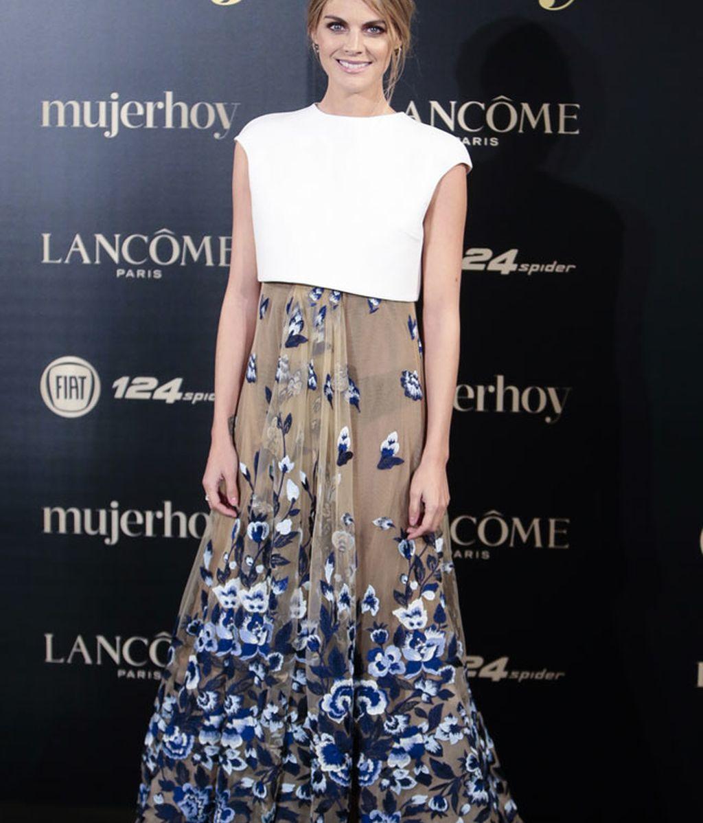 Amaia Salamanca, con vestido estampado de Sophie et Voilà