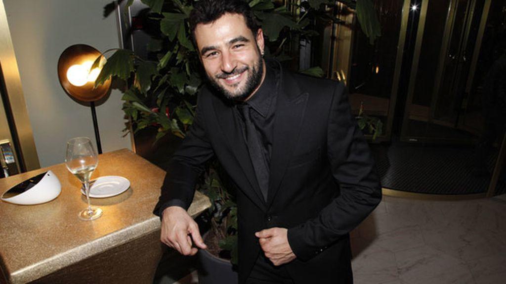 El atractivo actor Antonio Velázquez