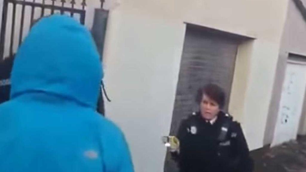 La Policía de Bristol usa un 'táser' contra su propio asesor racial