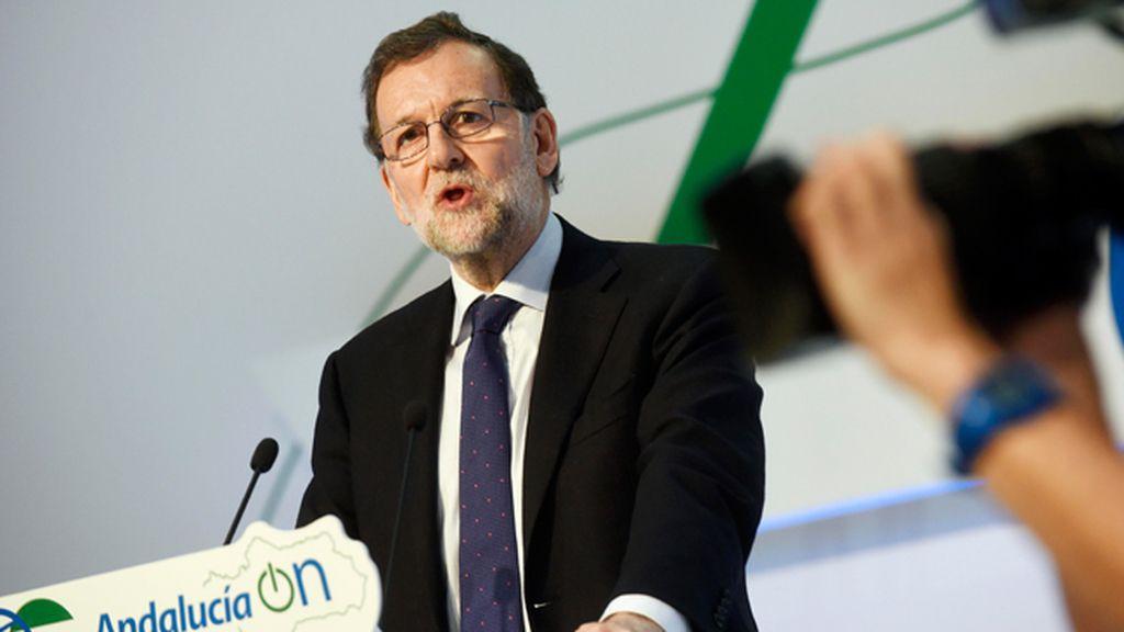 "Rajoy desea ""éxito"" a Trump"