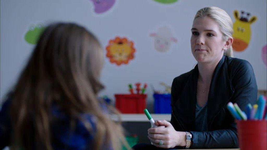 """Claire interroga a Harper, la niña del accidente: """"Háblame de este juego"""""""